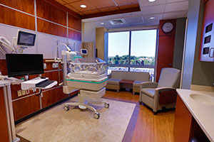 Millard Fillmore Suburban Hospital Neonatal Intensive Care Unit patient room image